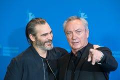 Attori Joaquin Phoenix e Udo Kier durante il Berlinale 2018 immagini stock