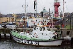 Attraccato nel rimorchiatore dell'ancoraggio di Stoccolma Fotografia Stock