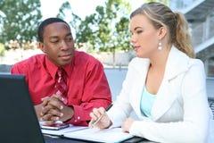 attracive working för lag för affärsdator Royaltyfria Foton