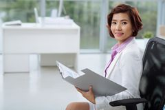 Attractive Asian business lady Royalty Free Stock Image