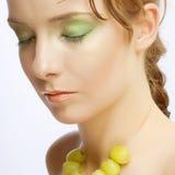 attractive bunch grapes woman Στοκ φωτογραφίες με δικαίωμα ελεύθερης χρήσης