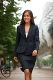 Attractive business woman smiling Royalty Free Stock Photography