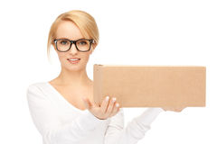 Attractive businesswoman with cardboard box Royalty Free Stock Photos
