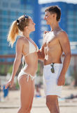 Attractive couple at the tourist resort Royalty Free Stock Photos