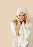 Attractive fashion model wearing winter clothes Royalty Free Stock Photos