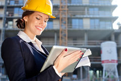 Attractive female construction specialist Royalty Free Stock Photos