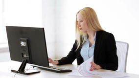 Attractive office worker Royalty Free Stock Photography