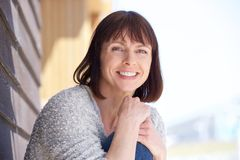 Attractive older woman smiling Royalty Free Stock Photography