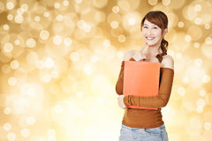 Attractive young Asian woman hold document Royalty Free Stock Photos