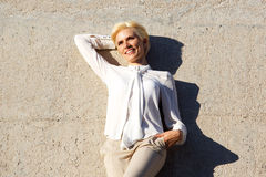 Attractive young blond woman smiling Royalty Free Stock Photography