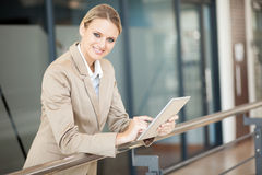 Attractive young businesswoman Royalty Free Stock Images