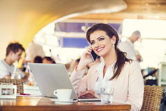 Attractive young businesswoman Royalty Free Stock Photography