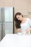 Attraktiv asiatisk kvinna arkivfoto