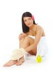 attraktiv avslappnande brunnsortkvinna Royaltyfria Foton