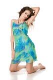 attraktiv blå klänningflicka Fotografering för Bildbyråer