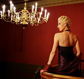 attraktiv blond bildkvinna royaltyfria bilder