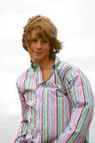 attraktiv blond pojke royaltyfria bilder