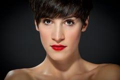 Attraktiv brunett Royaltyfria Bilder