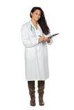 attraktiv brunettclipboarddoktor Royaltyfria Foton