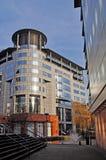 attraktiv byggnad modern uk Arkivbild