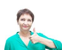 Attraktiv emotionell kvinna 50 gamla år, isolerat på vit backg Royaltyfri Bild