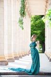 attraktiv härlig flickastående för forntid Royaltyfri Foto