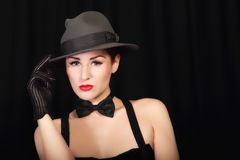 attraktiv hattladystående Royaltyfria Bilder