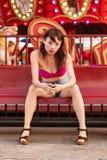 Attraktiv kinesisk flicka på karnevalet Royaltyfri Fotografi