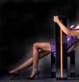 attraktiv klänningladypink royaltyfria foton