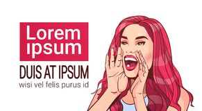 Attraktiv kvinnlig för härligt för annonseringmeddelande för kvinna skrikigt begrepp med långt rött hår över vit bakgrund stock illustrationer