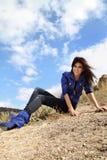attraktiv lady utomhus Fotografering för Bildbyråer