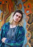 Attraktiv manlig blond modell royaltyfri foto