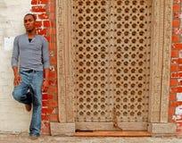 attraktiv manlig för afrikansk amerikan Royaltyfria Bilder