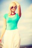 attraktiv strandkvinna Royaltyfri Bild