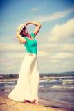 attraktiv strandkvinna Royaltyfria Bilder