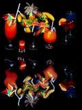 attraktiva svarta coctailar över Royaltyfria Bilder