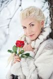 Attraktive blonde Frau Stockfotografie
