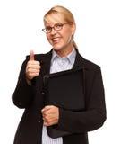 Attraktive blonde Geschäftsfrau mit den Daumen oben getrennt auf Weiß Lizenzfreies Stockbild