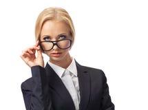 Attraktive blonde tragende Gläser der Geschäftsfrau Lizenzfreies Stockbild