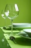 Attraktive Einstellung der grünen Tabelle Lizenzfreies Stockbild