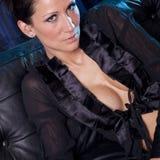 Attraktive Frau im sexy Nachthemd Stockbild