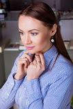 Attraktive Geschäftsfrau des Portraits Lizenzfreies Stockbild