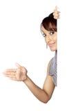 Attraktive indische Frau lokalisiert auf weißem Hintergrund Lizenzfreie Stockfotografie