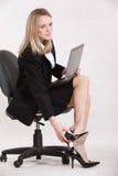 Attraktive Jahrkaukasierfrau Lizenzfreies Stockfoto