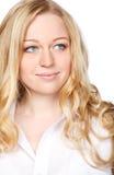 Attraktive junge blonde Frau Stockfotos