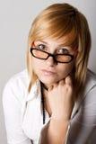 Attraktive junge Geschäftsfrau stockbild