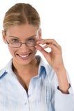 Attraktive junge Geschäftsfrau oder Kursteilnehmer stockfoto