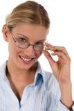 Attraktive junge Geschäftsfrau oder Kursteilnehmer lizenzfreies stockfoto