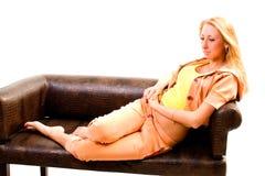 Attraktive junge sportliche Frau Lizenzfreies Stockbild
