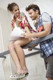 Attraktive Paare, die neues Haus planen Stockfoto